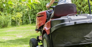Crédit conso pour acheter un tracteur tondeuse : où emprunter ?