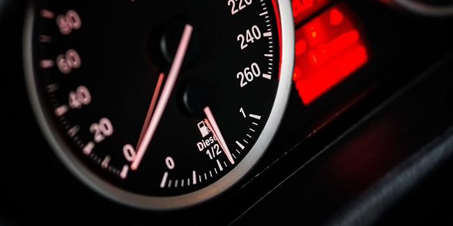 Prêts automobiles avec services bancaires en ligne, quelle est la meilleure offre?