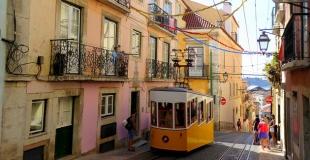 Emprunter en France pour un achat immobilier en Espagne ou au Portugal