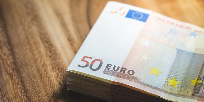 Combien puis-je emprunter avec des revenus de 4 500 € nets mensuels ?