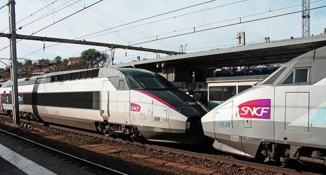 Rachat de crédit pour agent SNCF ou RATP : quels avantages ?