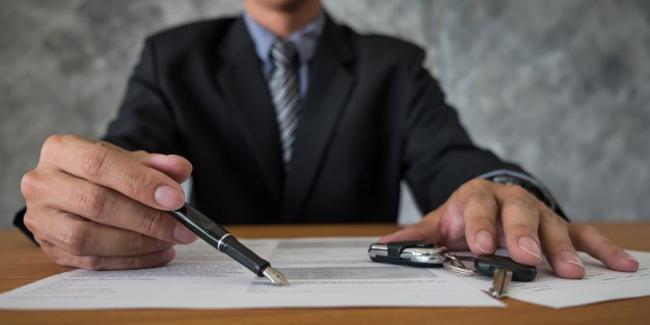 Peut-on faire un rachat de prêt auto d'un concessionnaire ?